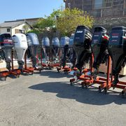 We sell NEW and USED MODEL OF OUTBOARD MOTOR ENGINES